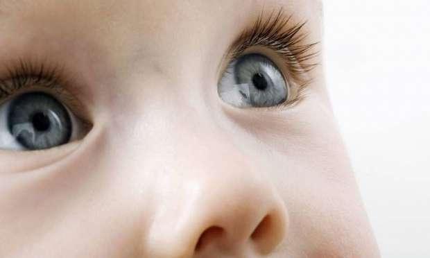 bebekte gözler