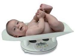 Bebekte eklemlerin çatırdaması kıpırtı ve sallanma