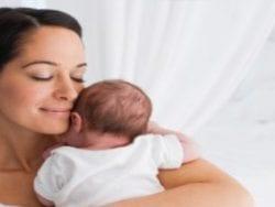Bebek nasıl tutulur?