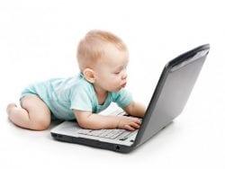 Bebekleri Televizyondan Uzak Tutun