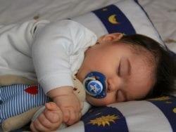 Yeni Doğan Bebekler Ne Kadar Uyur