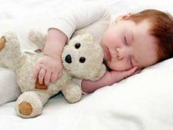 Bebekleri Sallayarak Uyutmak