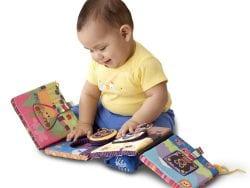 Bebeğin İlk Kitabı