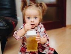 Bebekler İçin Meyve Suları Yararlı mıdır?