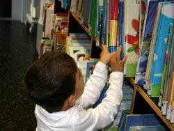 Çocukları Kitaplarla Tanıştırma